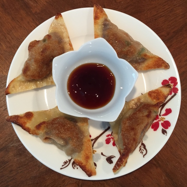 Add a little teriyaki sauce to your fried wontons and you have a perfect appetizer.